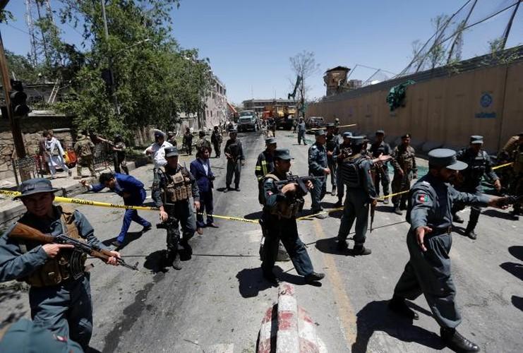 Hien truong danh bom dam mau o Kabul, 430 nguoi thuong vong-Hinh-13