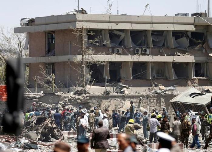 Hien truong danh bom dam mau o Kabul, 430 nguoi thuong vong-Hinh-14