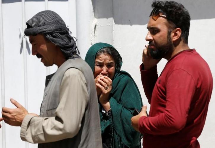 Hien truong danh bom dam mau o Kabul, 430 nguoi thuong vong-Hinh-15