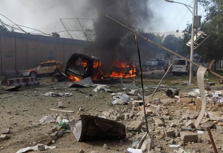 Hien truong danh bom dam mau o Kabul, 430 nguoi thuong vong-Hinh-6