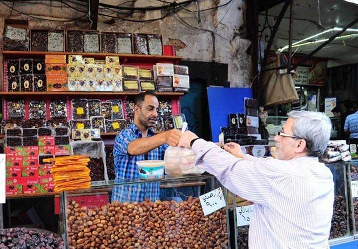 Canh mua sam o Damascus cho thang an chay Ramadan-Hinh-2