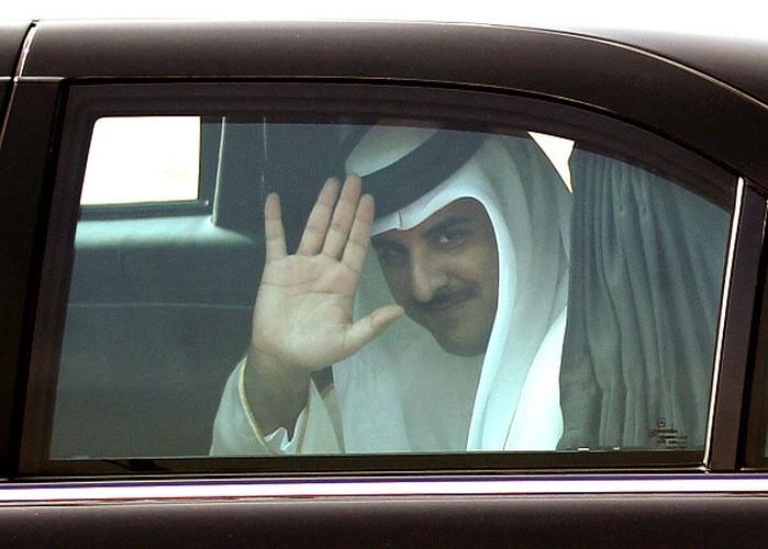 "Quoc vuong Qatar - nhan vat tam diem trong vu ""tay chay"" o Arab-Hinh-2"