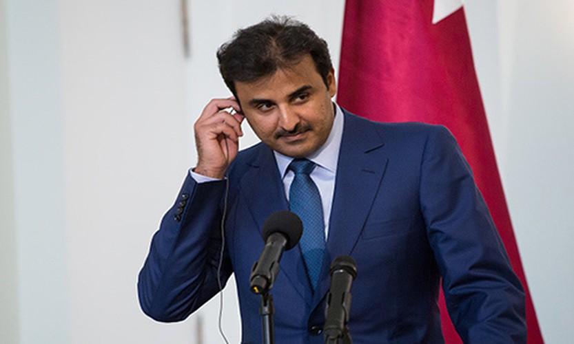 "Quoc vuong Qatar - nhan vat tam diem trong vu ""tay chay"" o Arab-Hinh-3"