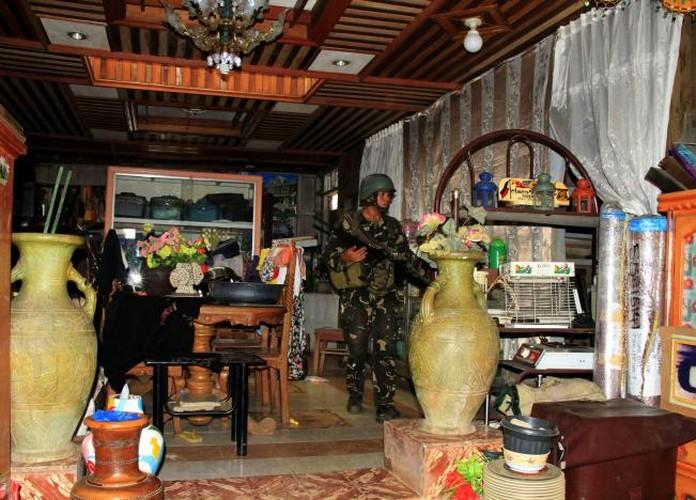 Chum anh Quan doi Philippines truy lung khung bo o Marawi-Hinh-10