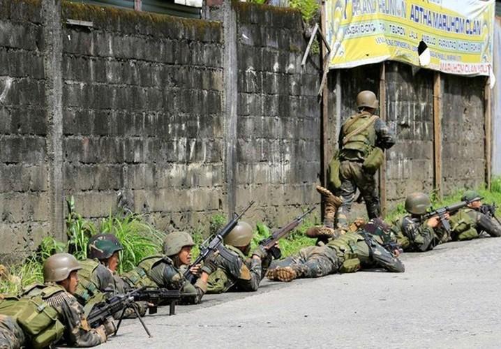 Chum anh Quan doi Philippines truy lung khung bo o Marawi-Hinh-12