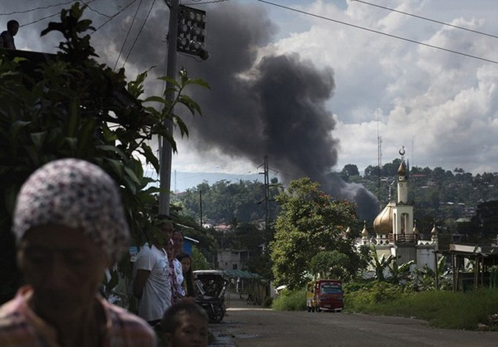 Chum anh Quan doi Philippines truy lung khung bo o Marawi-Hinh-13