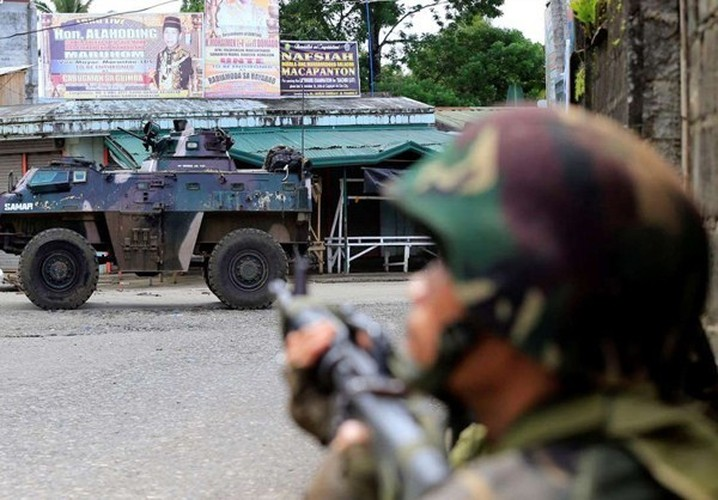 Chum anh Quan doi Philippines truy lung khung bo o Marawi-Hinh-3