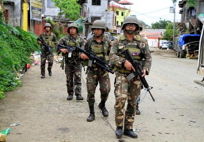 Chum anh Quan doi Philippines truy lung khung bo o Marawi-Hinh-6