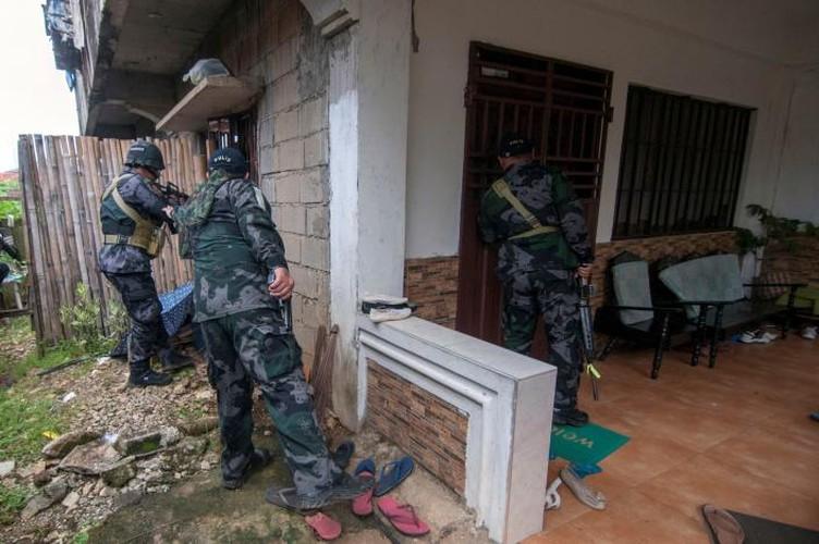 Chum anh Quan doi Philippines truy lung khung bo o Marawi-Hinh-7