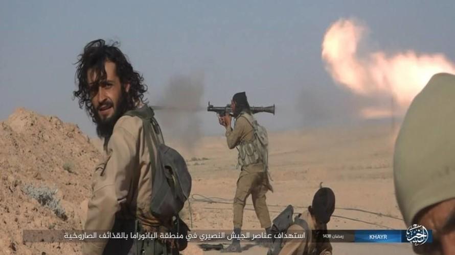 Anh: Phien quan IS doc toan luc danh chiem Deir ez-Zor-Hinh-14