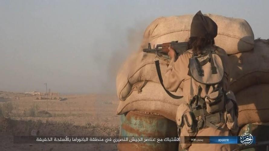 Anh: Phien quan IS doc toan luc danh chiem Deir ez-Zor-Hinh-15