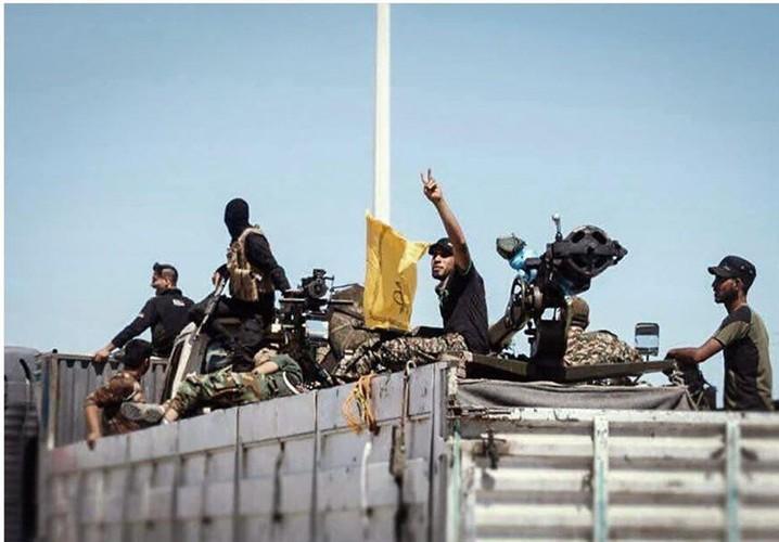 Chum anh dan quan Iraq tiep suc cho Syria tren bien gioi-Hinh-5