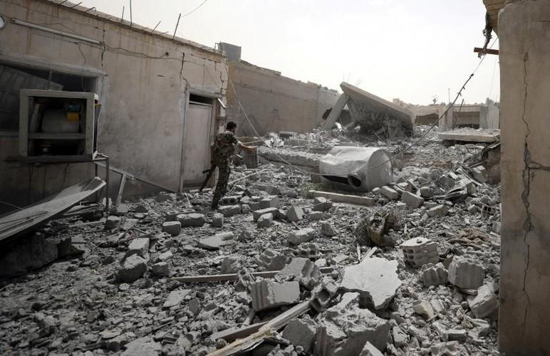 Anh nong hoi chien dich giai phong Raqqa khoi phien quan IS-Hinh-11