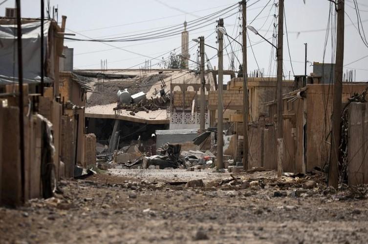 Anh nong hoi chien dich giai phong Raqqa khoi phien quan IS-Hinh-8