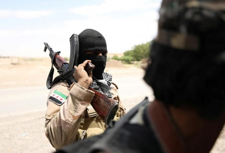 Anh nong hoi chien dich giai phong Raqqa khoi phien quan IS-Hinh-9