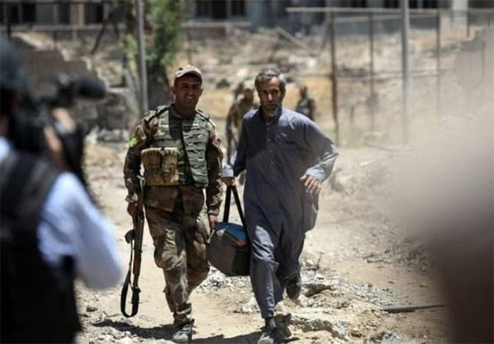 Anh: Luc luong Iraq bat dau tong tan cong vao Thanh co Mosul-Hinh-6