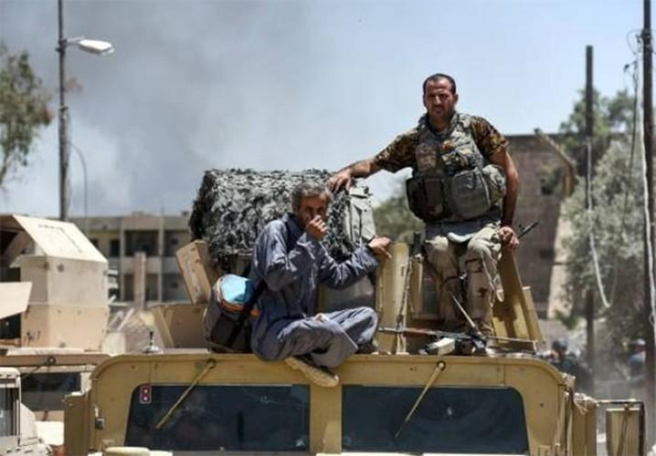 Anh: Luc luong Iraq bat dau tong tan cong vao Thanh co Mosul-Hinh-7