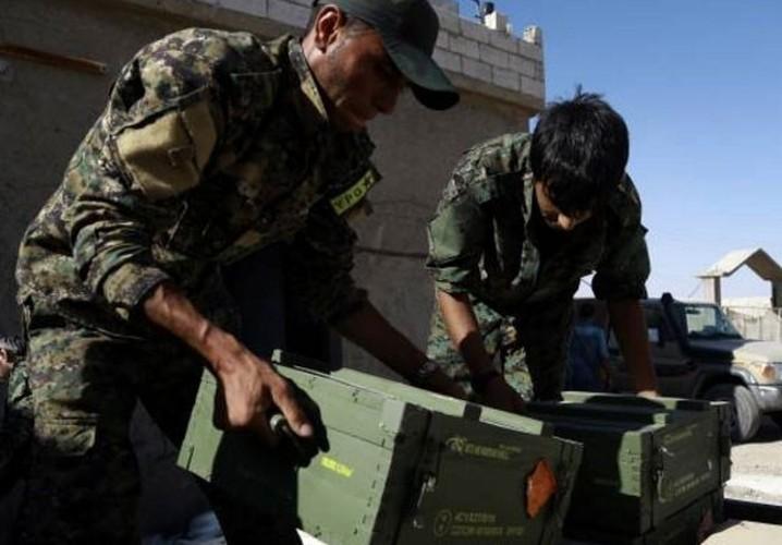 "Anh: My ""tuon"" vu khi cho nguoi Kurd tai Raqqa-Hinh-11"