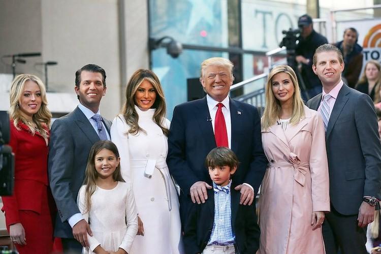 """15 dieu it biet ve """"De nhat tieu thu"""" Ivanka Trump"""