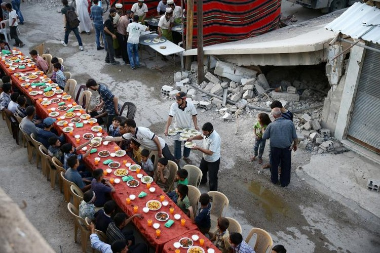 Can canh bua an cua nguoi dan Syria-Iraq trong thang Ramadan