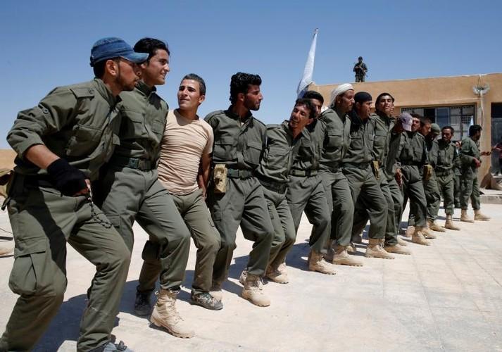 Toan canh nguoi Kurd trong chien dich giai phong Raqqa-Hinh-9