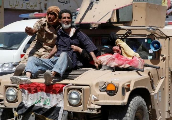 Anh: Giao tranh du doi, dan Iraq keo nhau roi Thanh co Mosul-Hinh-9