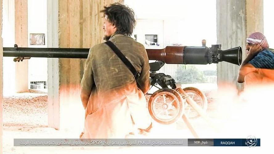 Anh: Phien quan IS khang cu ac liet luc luong SDF o Raqqa-Hinh-5
