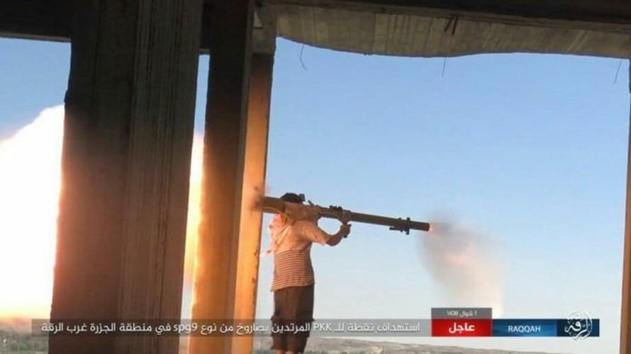 Anh: Phien quan IS khang cu ac liet luc luong SDF o Raqqa