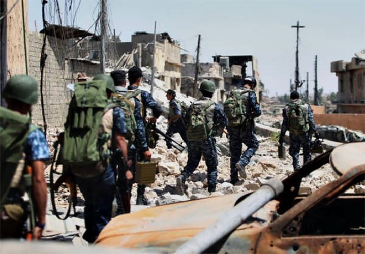 Anh: Quan doi Iraq thoc sau vao khu pho co Mosul-Hinh-10