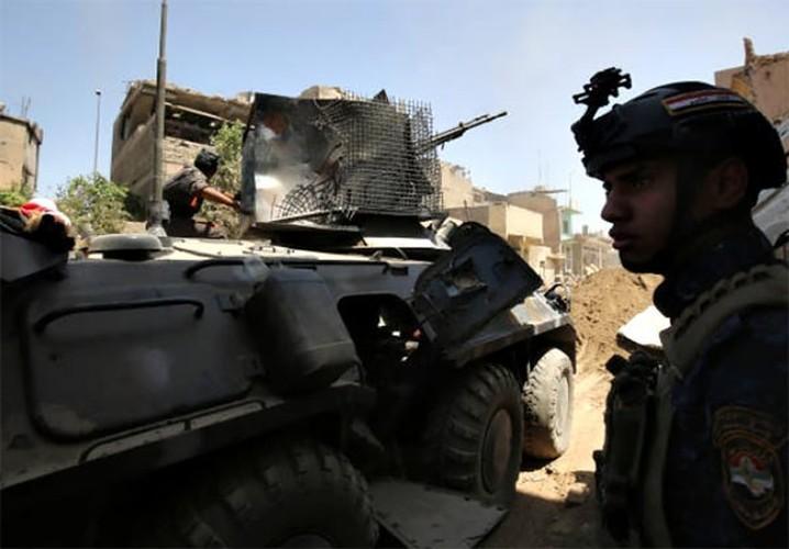 Anh: Quan doi Iraq thoc sau vao khu pho co Mosul-Hinh-5