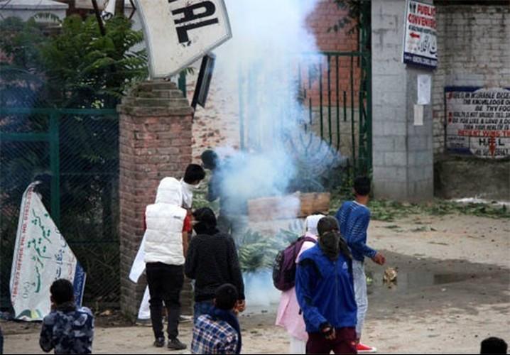 Anh: Dung do du doi bung phat o Kashmir dip le Eid al-Fitr-Hinh-9