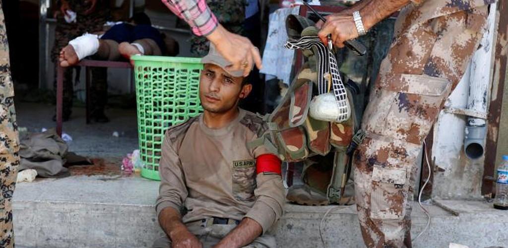 Canh kinh hai ben trong benh vien da chien o Raqqa-Hinh-8