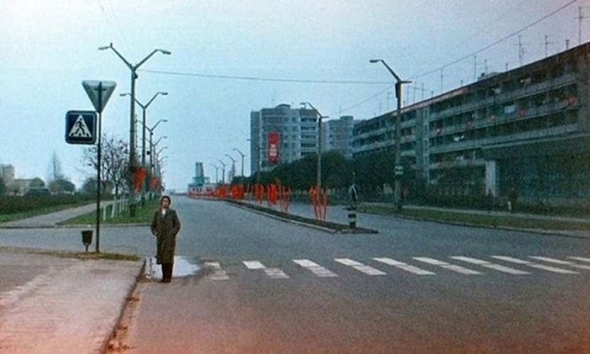 Kinh ngac thi tran Pripyat truoc va sau tham hoa Chernobyl