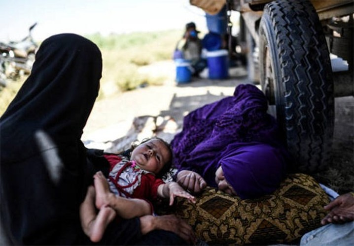 Anh: Giao tranh ac liet, thuong dan Syria lu luot roi Raqqa-Hinh-5