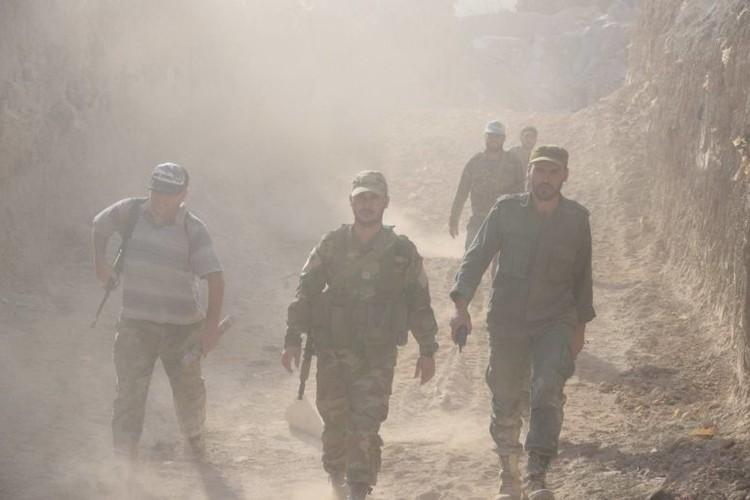 Anh: Dai thang, quan Syria hung huc khi the chien dau o Damascus-Hinh-12