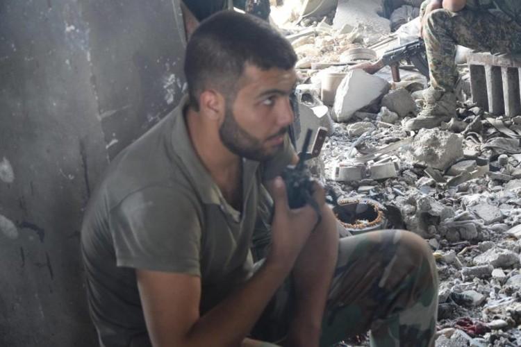 Anh: Dai thang, quan Syria hung huc khi the chien dau o Damascus-Hinh-9