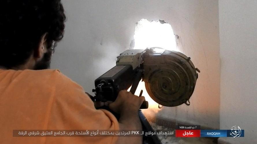 Khoc liet cuoc chien o thanh pho Raqqa-Hinh-5