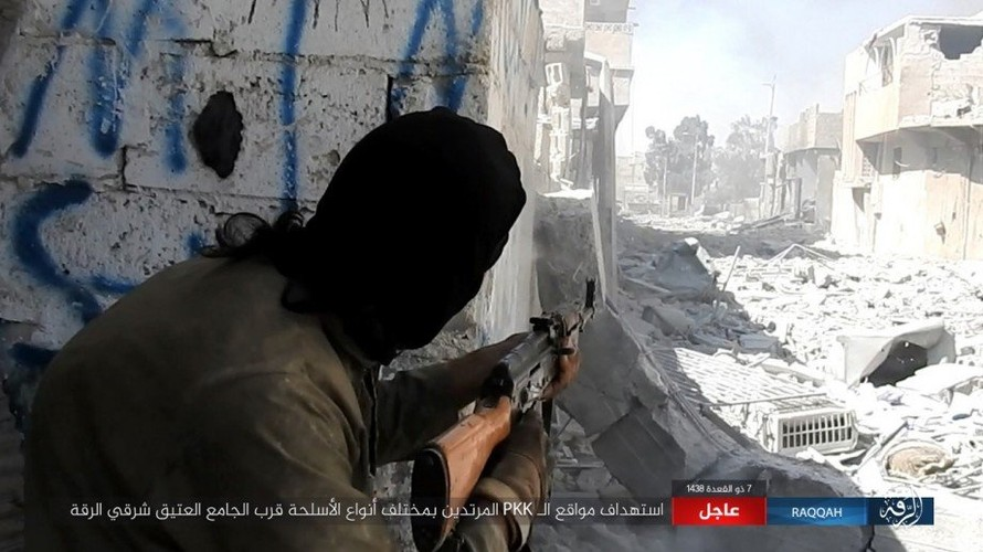 Khoc liet cuoc chien o thanh pho Raqqa-Hinh-6