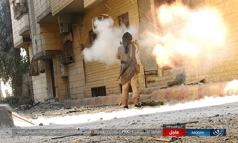 Khoc liet cuoc chien o thanh pho Raqqa