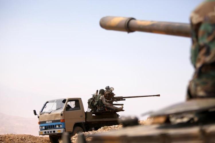 Toan canh Hezbollah thang lon tren bien gioi Syria-Lebanon-Hinh-15