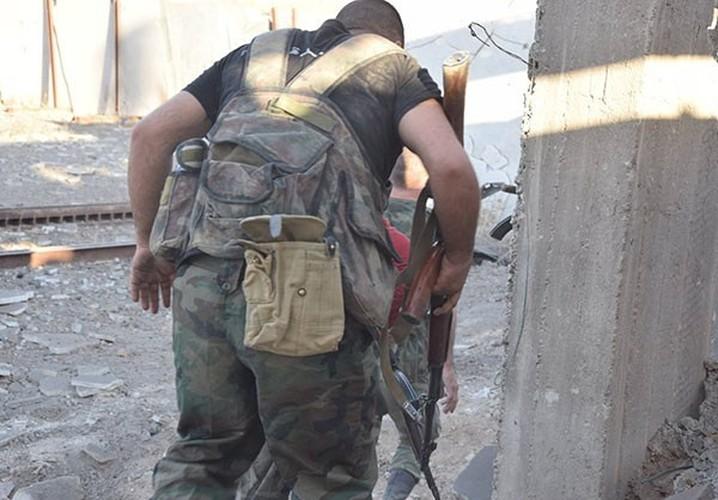 Anh nong hoi quan doi Syria dai thang o Dong Damascus-Hinh-3