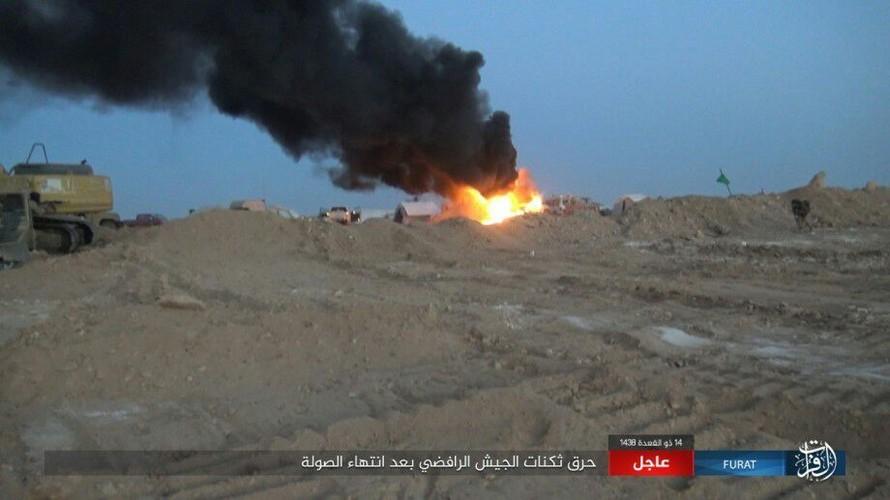 Anh: Phien quan IS tan sat dan quan Iraq o tinh Anbar-Hinh-10