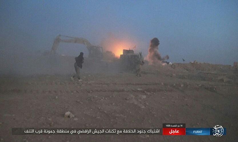 Anh: Phien quan IS tan sat dan quan Iraq o tinh Anbar-Hinh-4