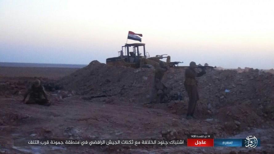 Anh: Phien quan IS tan sat dan quan Iraq o tinh Anbar-Hinh-5