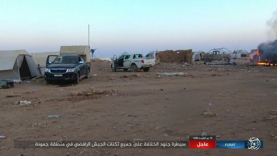 Anh: Phien quan IS tan sat dan quan Iraq o tinh Anbar-Hinh-8