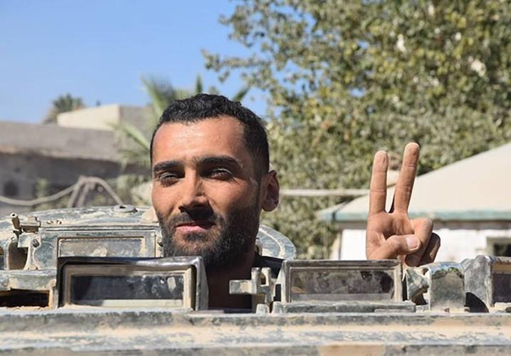 Anh: Quan doi Syria thua thang xoc toi o Dong Damascus-Hinh-10