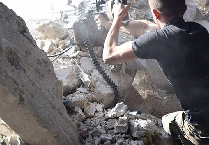 Anh: Quan doi Syria thua thang xoc toi o Dong Damascus-Hinh-4