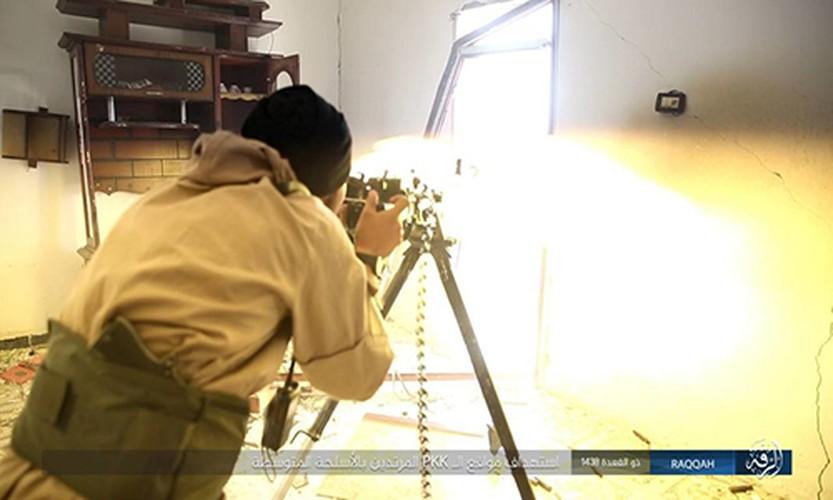 Anh: Phien quan IS khang cu ac liet nguoi Kurd o Raqqa-Hinh-2
