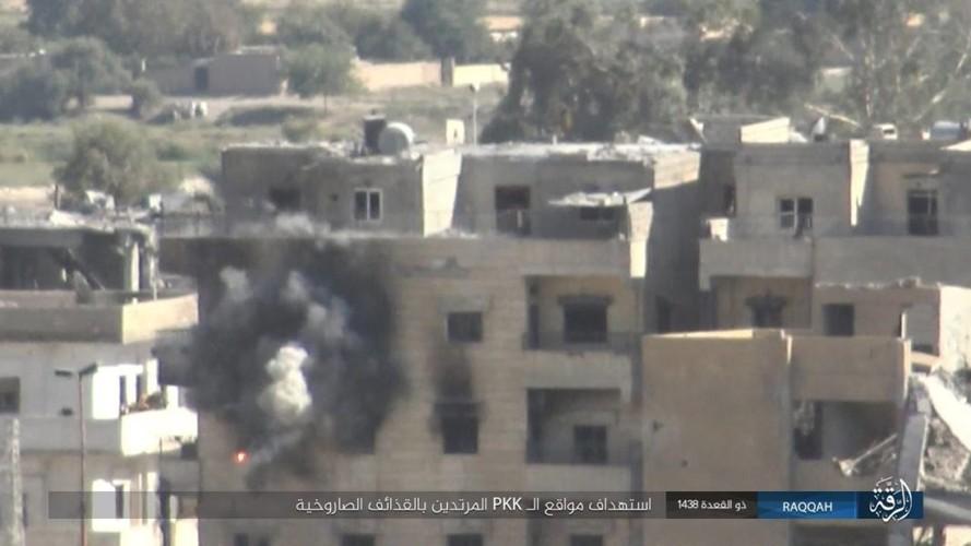 Anh: Phien quan IS khang cu ac liet nguoi Kurd o Raqqa-Hinh-7