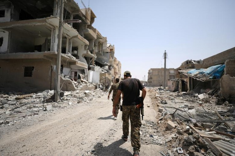 "Anh: SDF doc suc danh IS tai ""thu phu"" Raqqa-Hinh-8"